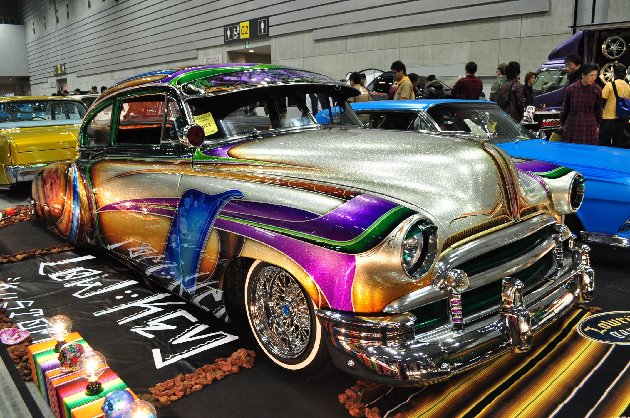 Jdm lowrider in japan with custom paint job they ve embraced the chicano style which uses a lot of intricate patterned paint jobs most lines o
