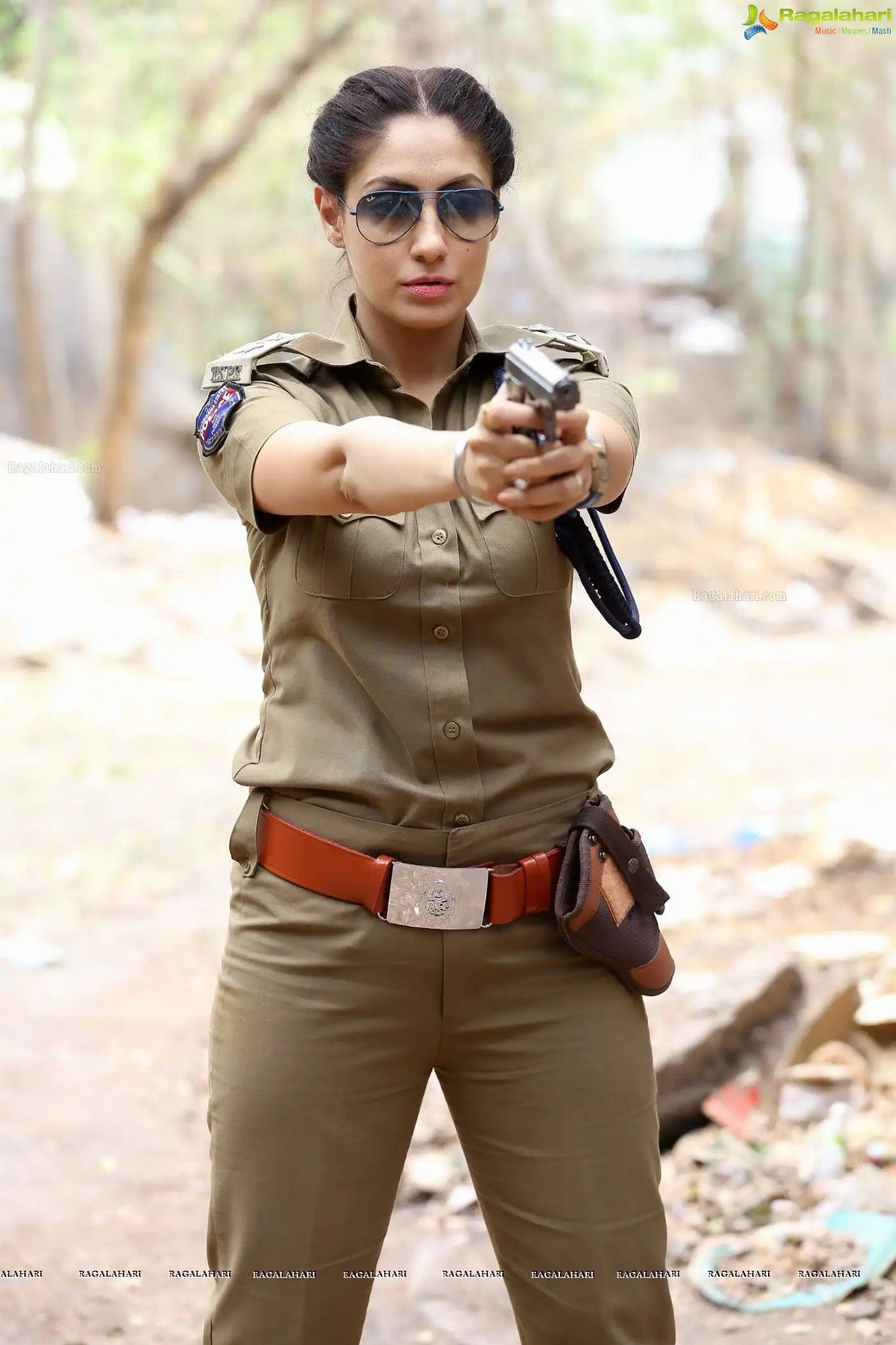 Pin by afzal fazil on indian gril military outfit army