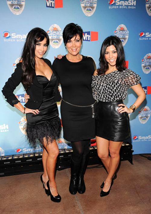 40cdf99bb4f8e9 Kim Kardashian wearing Ina Soltani Feather Dress Yves Saint Laurent Tribute  Double Platform Pumps. Kim Kardashian Pepsi Smash Super Bowl Concert in  Tampa ...