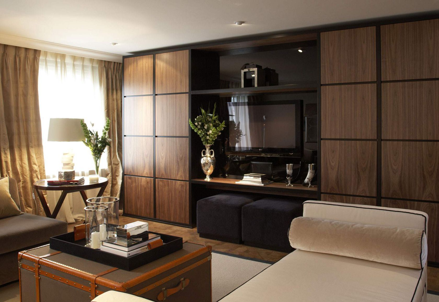 inspiration wall unit luxury deluxe living room   ~ Living a Beautiful Life ~ Casa Forma, Cadogan Place ...