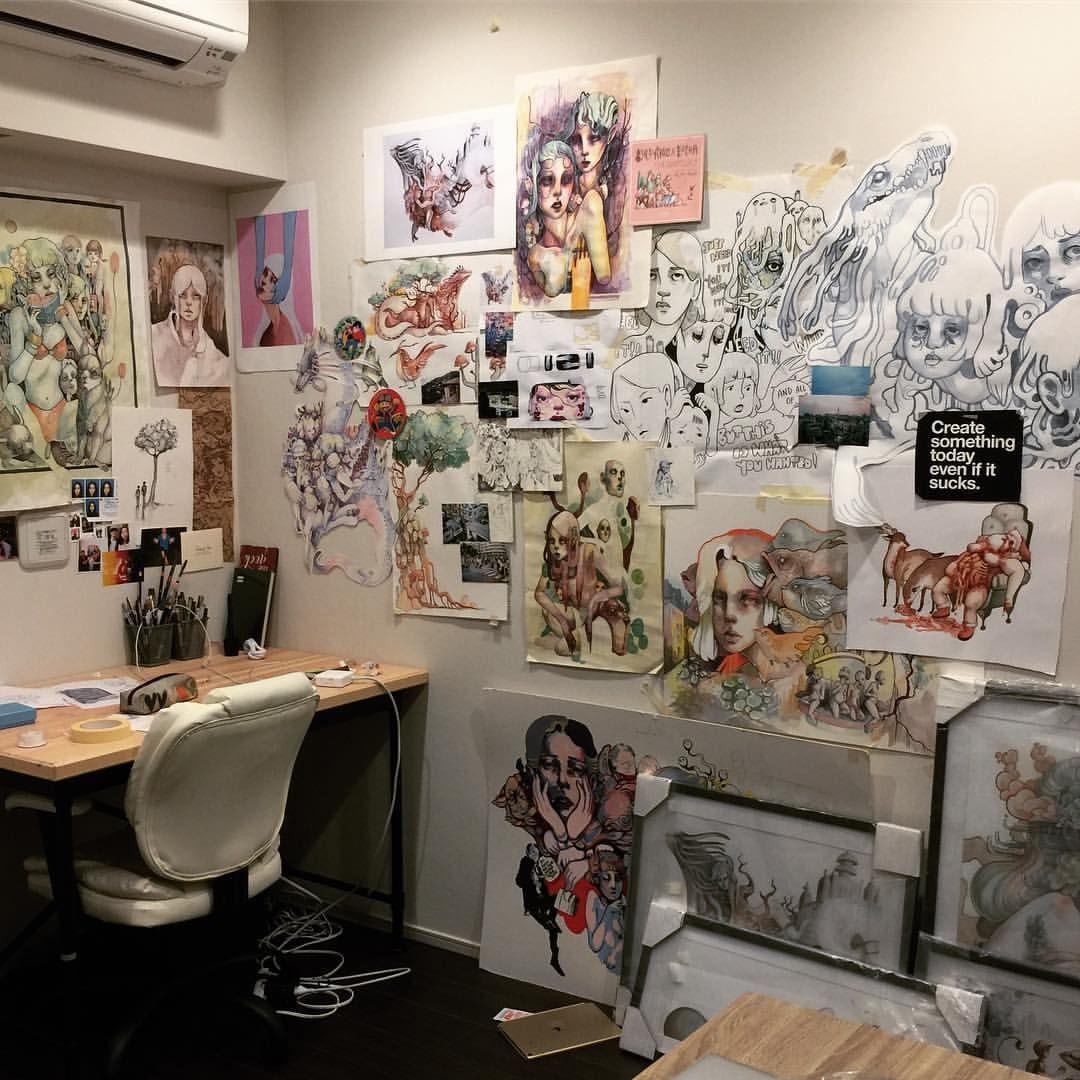 Pin By Les Nuagistes On Art Room Ideas Artistic Room Messy Room Artist Bedroom