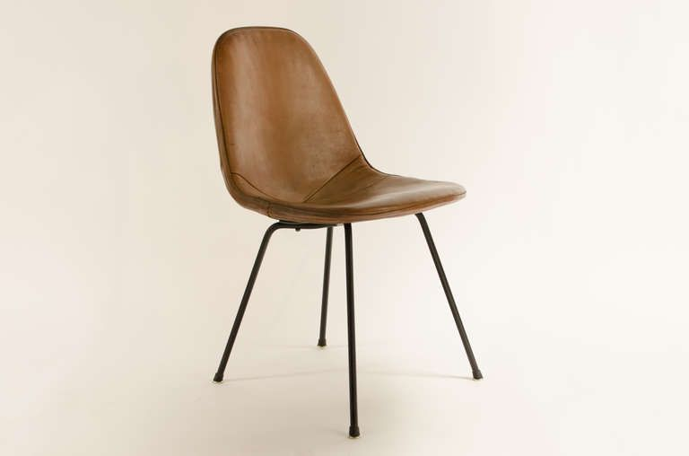 Charles Eames Dkx 1 Postman S Bag Leather Side Chair 1950 S Leather Side Chair Chair Side Chairs