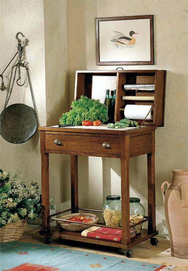 Italienischer Schneidetisch auf Rollen | Italienische Küchenmöbel ...