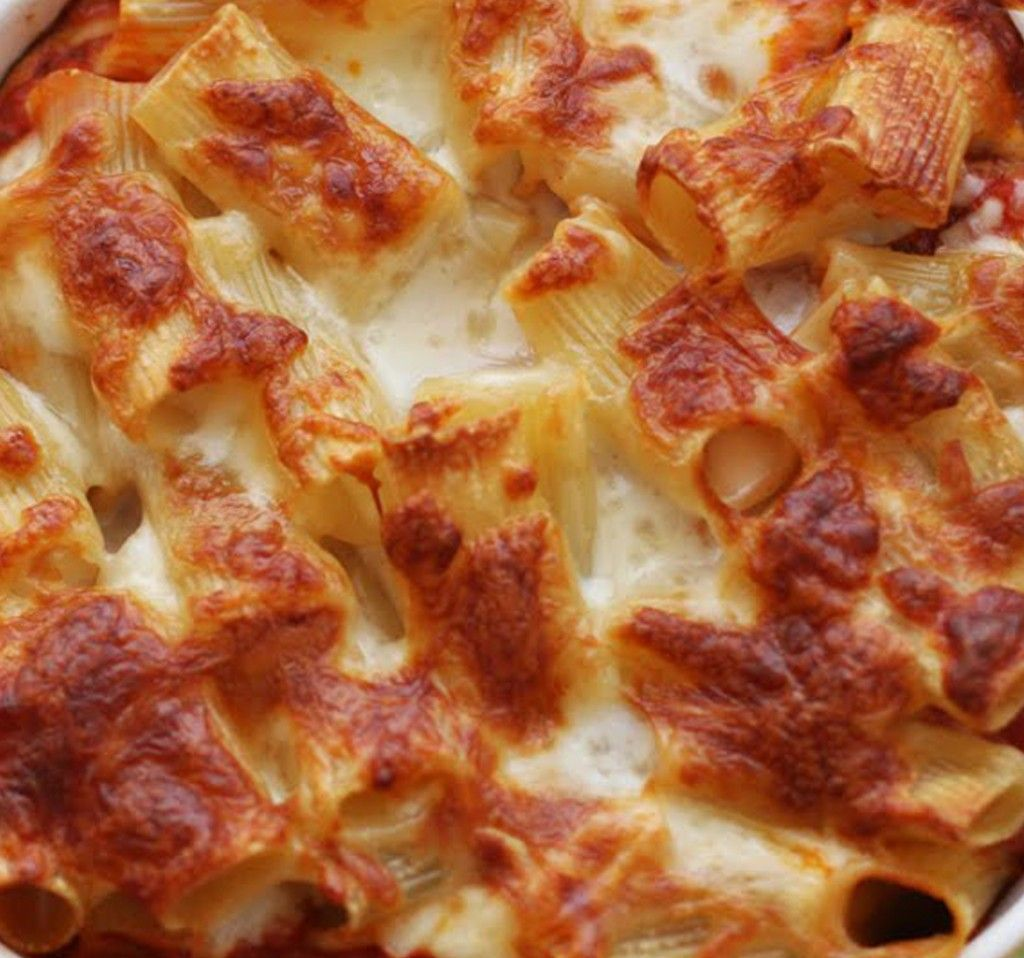 Baked Ziti - delicious and SIMPLE!