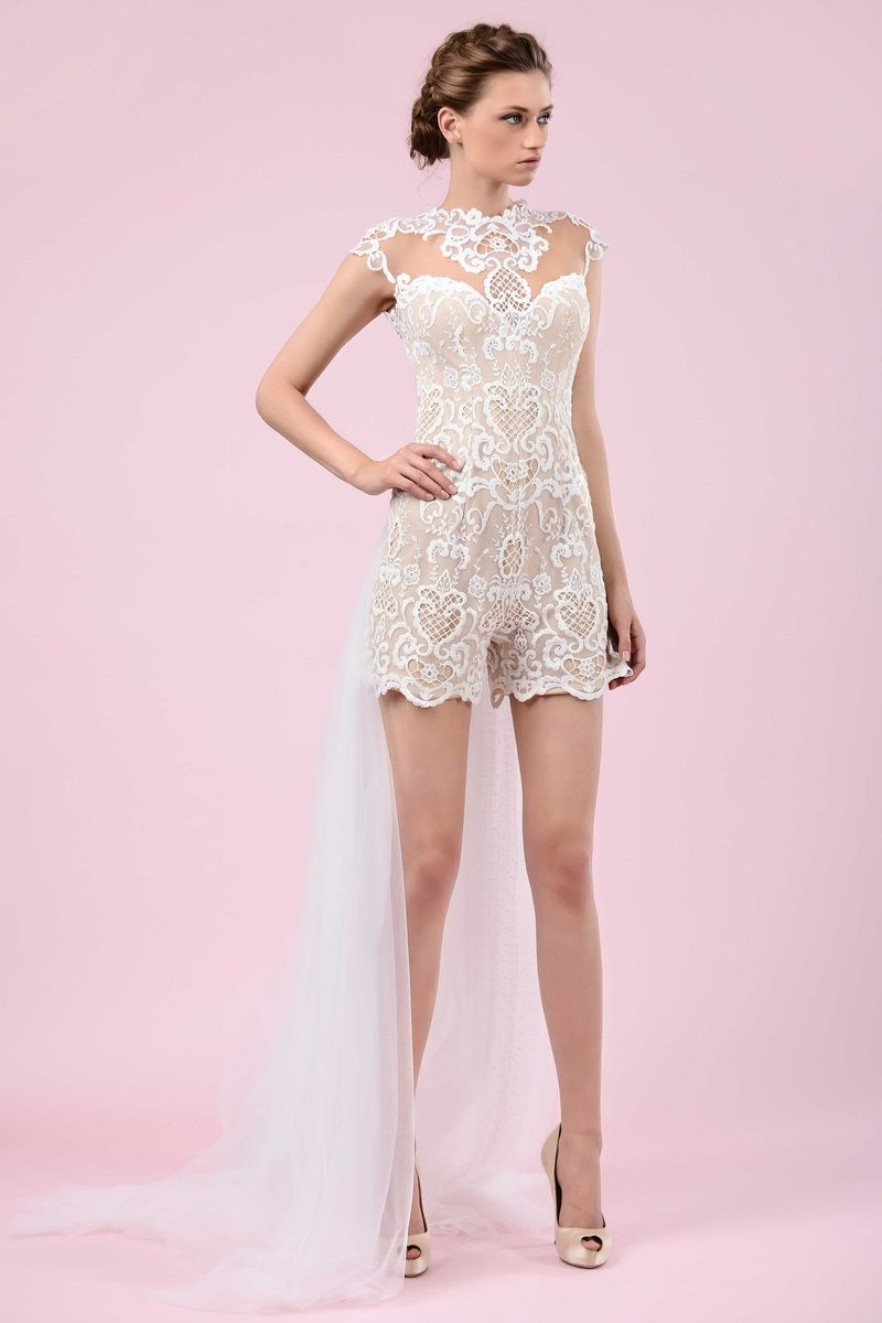 Bridal Romper by Gemy Maalouf 2016   Article: Discover Artistic, Quirky Bridal Style by Gemy Maalouf 2016   Photography: Courtesy of…