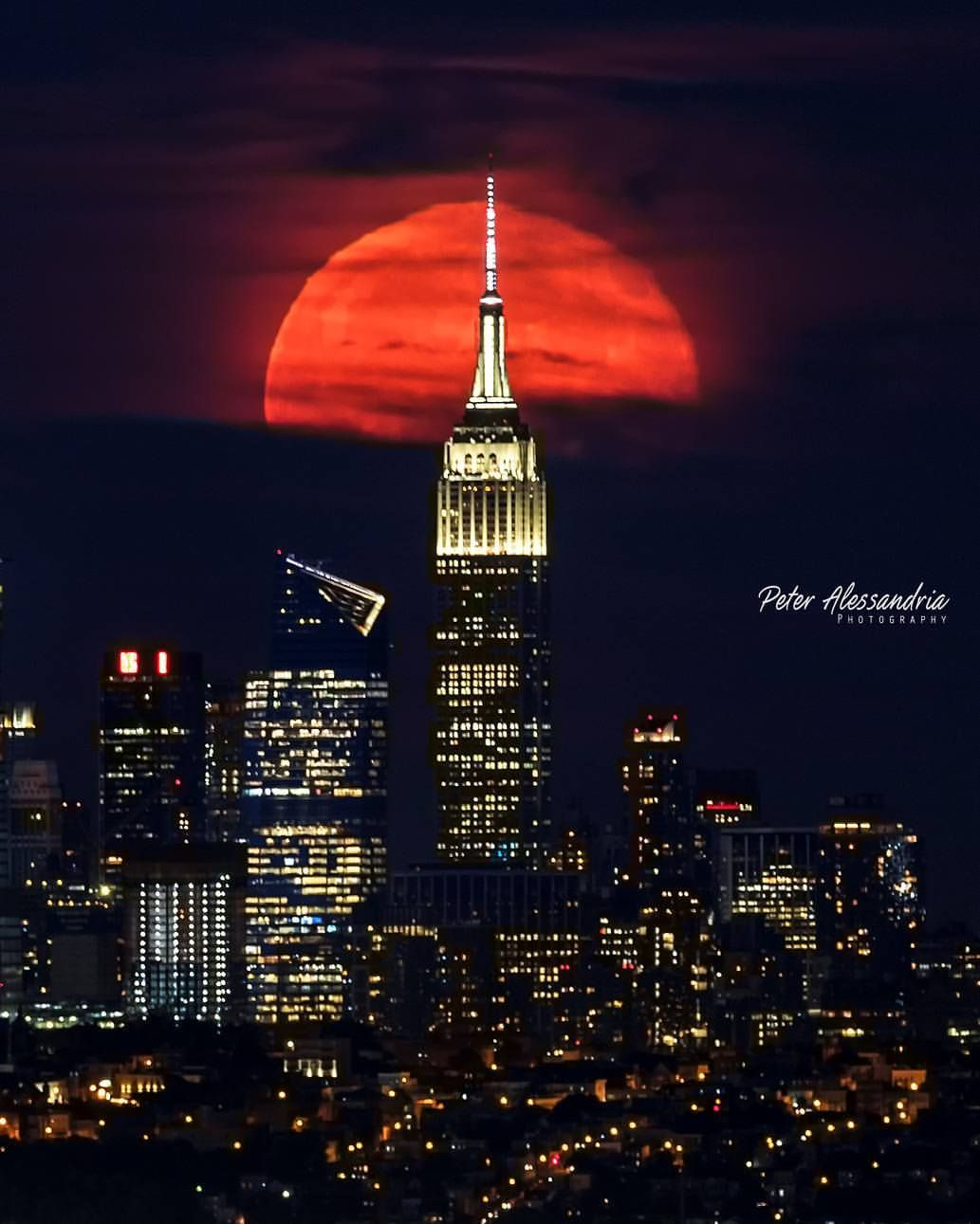 Mooning Over New Missoni: Tuesday Night's Sturgeon Full Moon Over NYC!