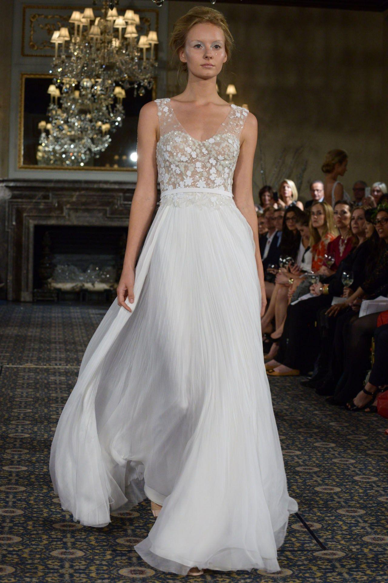 Rent in New York Wedding Dress