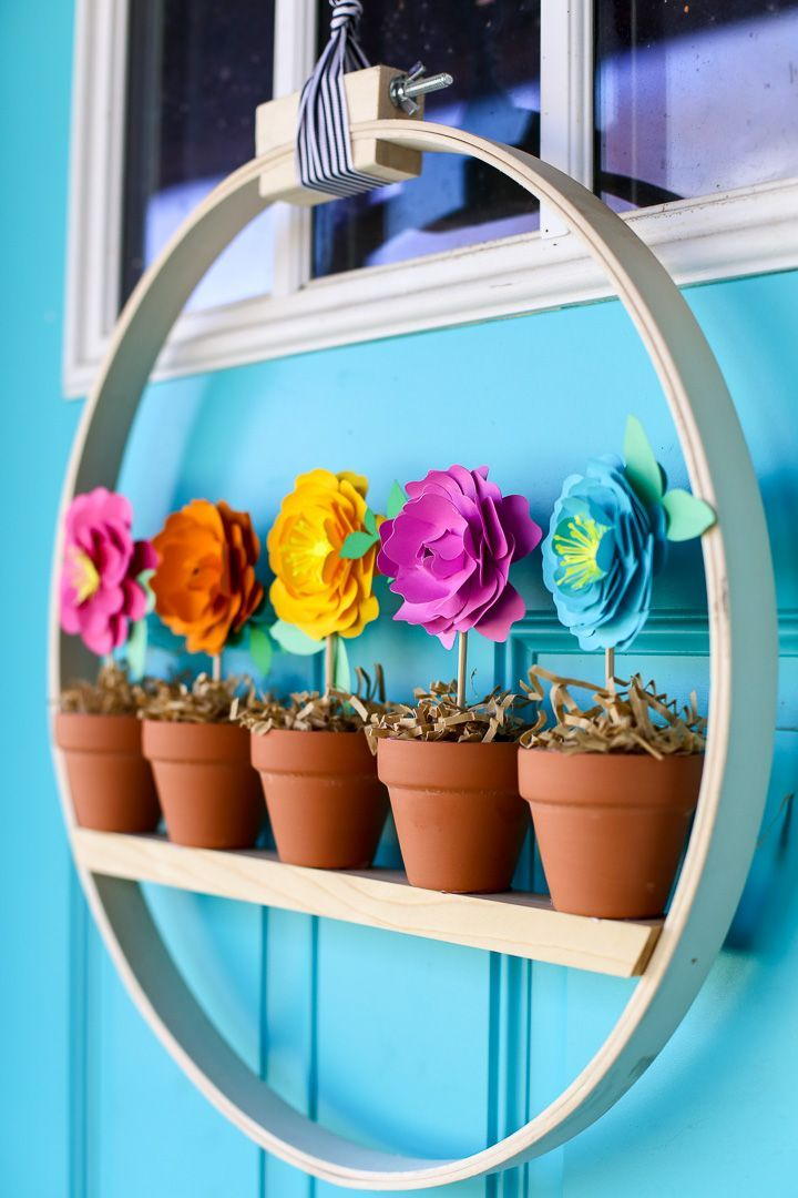 Photo of 20 DIY Easy Spring Wreaths to Dress Up Your Front Porch | Decor Dolphin