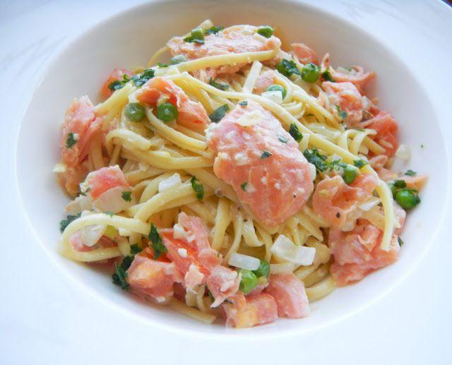 Smoked Salmon Pasta With A Light Cream Sauce Cherry On My Sundae Resep Resep Seafood Resep Pasta Salmon Asap