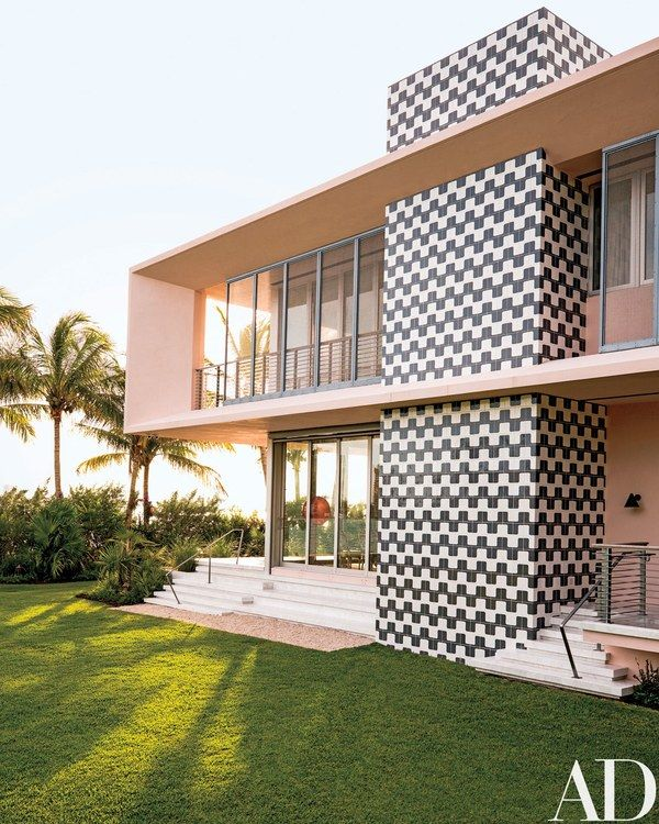 20 Unbelievably Beautiful Contemporary Home Exterior Designs: This Modern Home In Miami Beach Is Perfect For A Collector