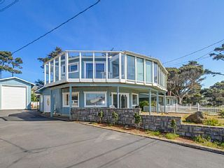 Unique,+spacious+home+with+gaming+room+and+great+ocean+views+++Vacation Rental in Coastal Oregon from @homeaway! #vacation #rental #travel #homeaway