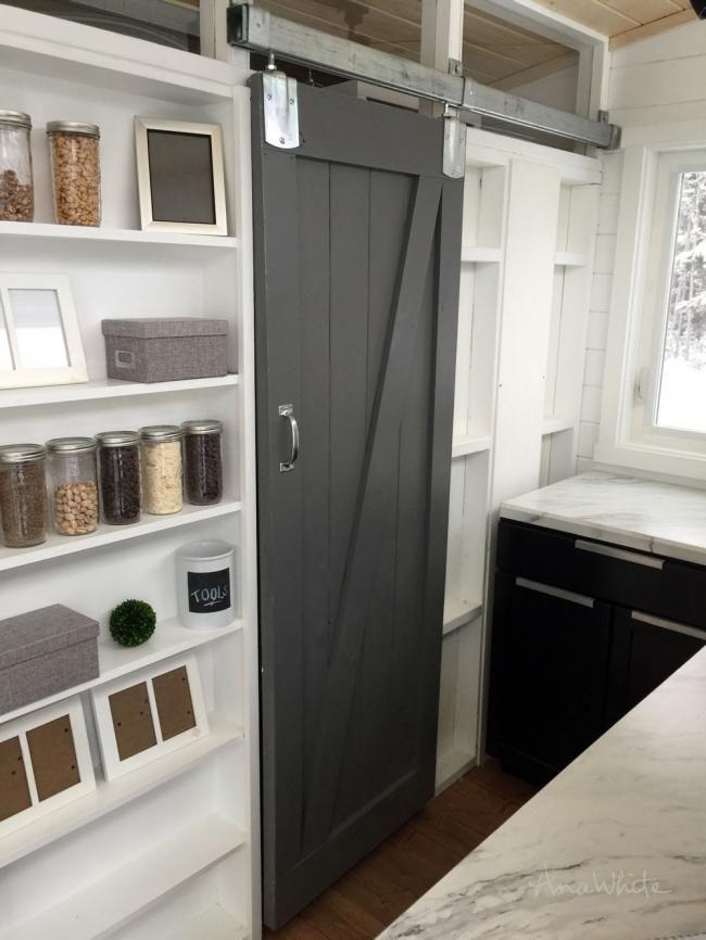 Diy Barn Door For Tiny House Diy Barn Door White Barn Door