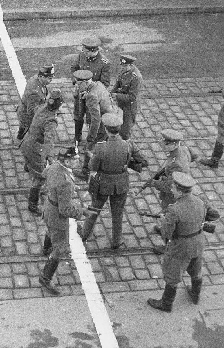 East and West German police/border guards in Berlin