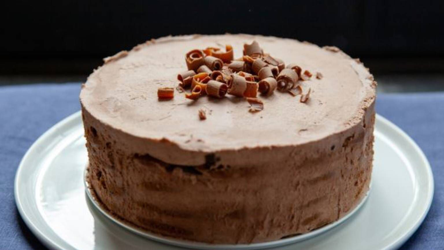 Mocha Chocolate Ice Box Cake With Ina Garten In 2020 Icebox Cake Chocolate Chip Cookies Mocha Chocolate