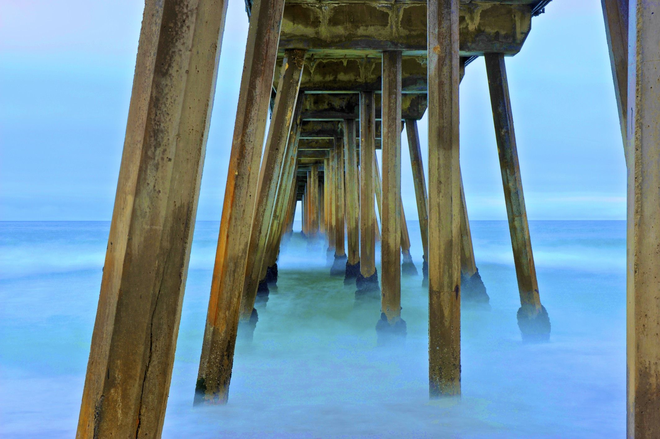Hermosa Pier, LA, California, USA