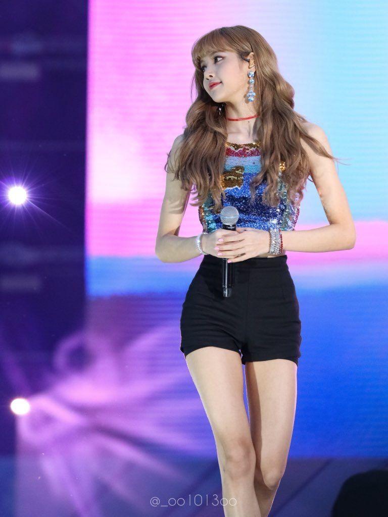 180622 Lotte Family Concert | BLΛƆKPIИK • 블랙핑크 | Blackpink lisa