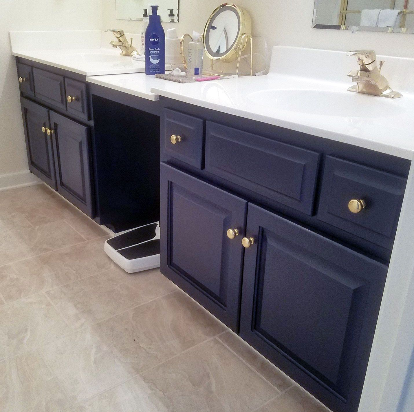 1Shabby Chic Kitchen And Bath Painting Beautified This Bathroom Vanity With  General Finishes Coastal Blue Milk