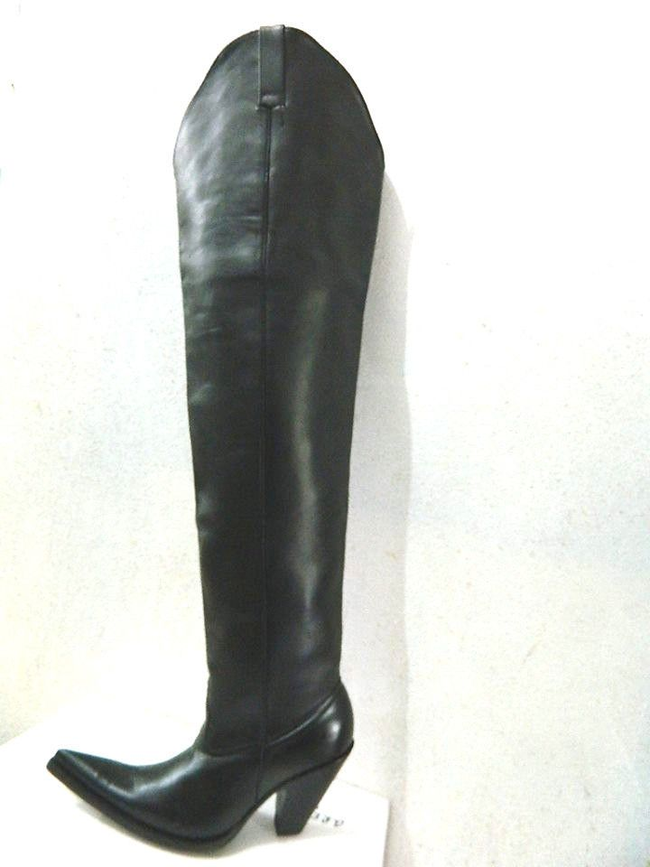 32 inches tall cowboy boots plain shafts and 5¨heels Made to order ...