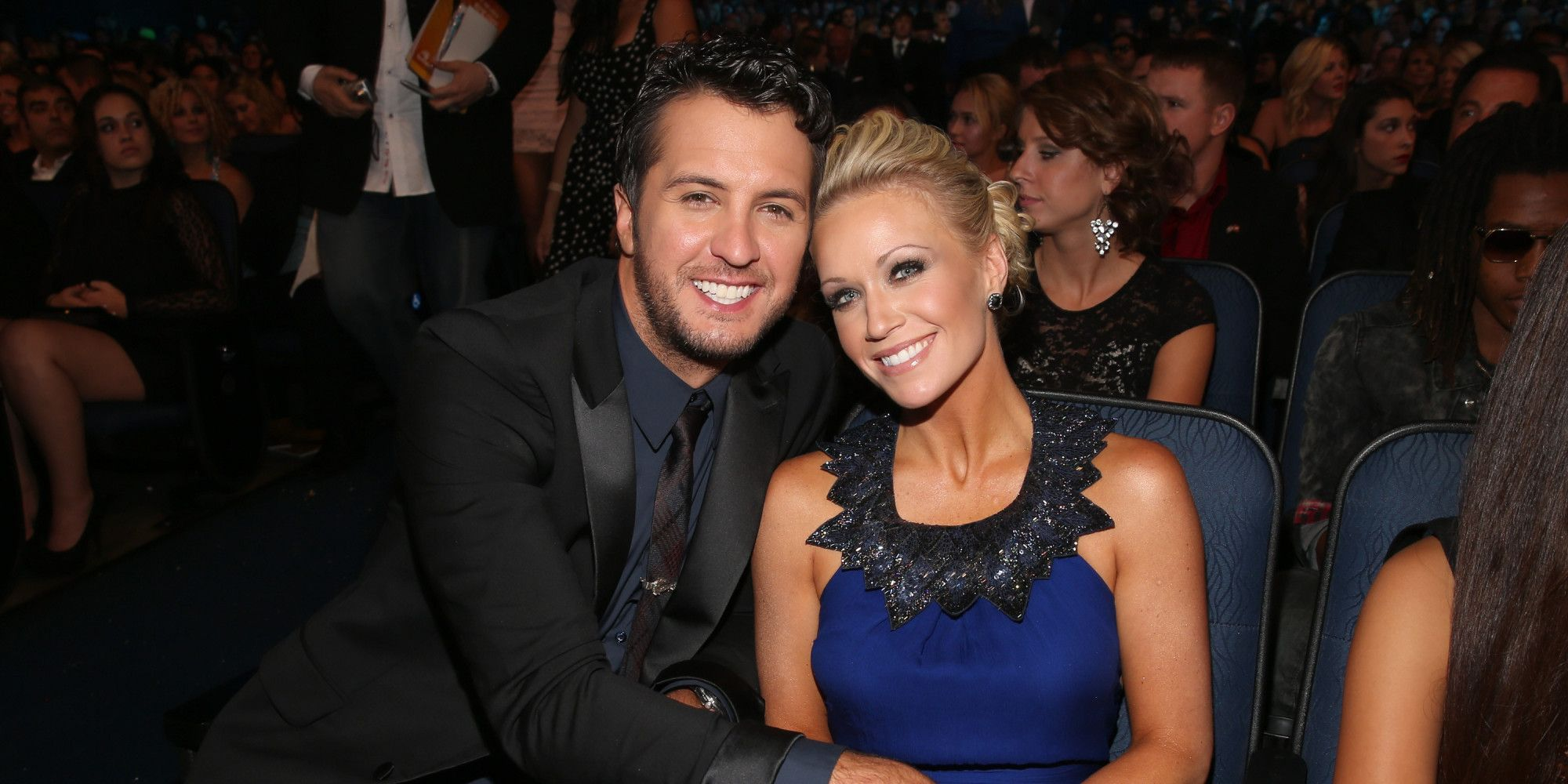 Luke bryan reminds us why hes the sweetest husband in country music luke bryan reminds us why hes the sweetest husband in country music kristyandbryce Image collections