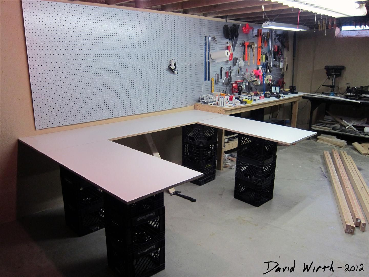 U Shaped Craft Tables Easy To Make Arts And Crafts Table