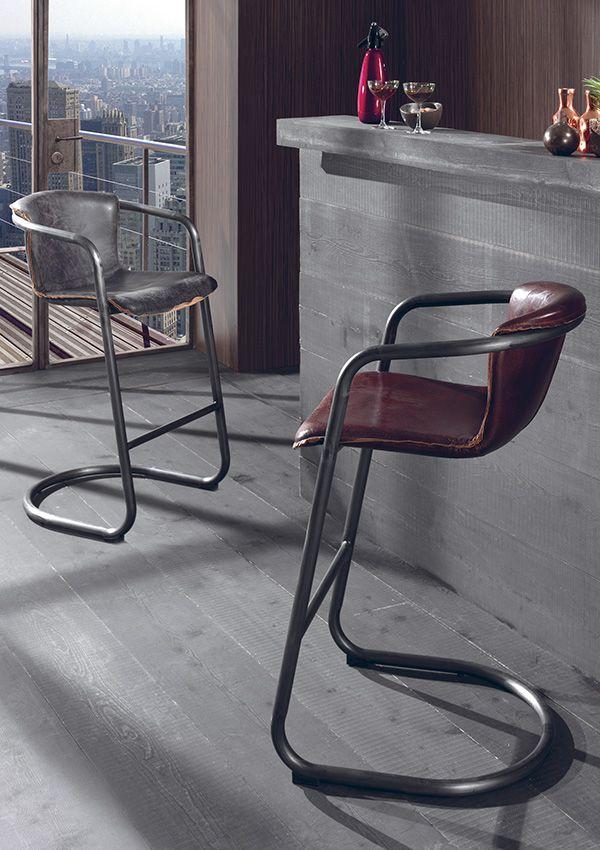 chaise de bar clark structure en fer finition vintage de chez cocktail scandinave indus. Black Bedroom Furniture Sets. Home Design Ideas