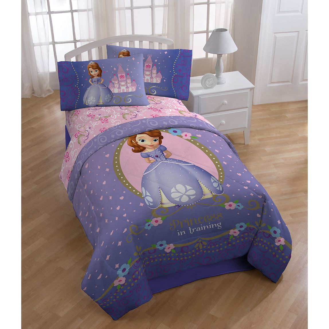 Disney Sofia First Princess In Training 10 Piece Bed In A