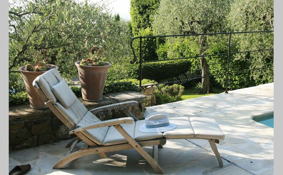 An Intimate House Perfect For Those Wanting A Relaxing Holiday. This Is A  Charming Property