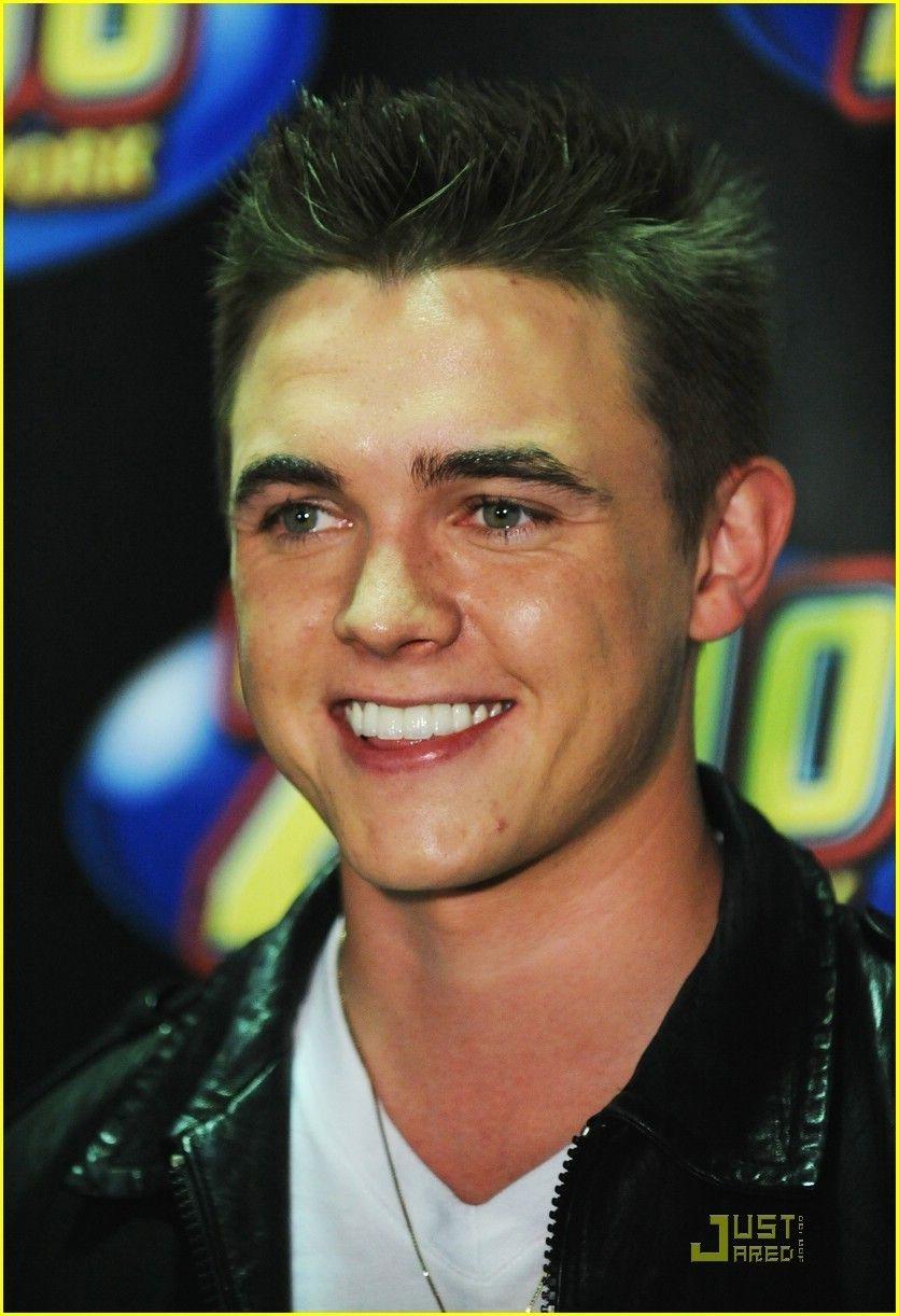 Jesse Mccartney Smiling
