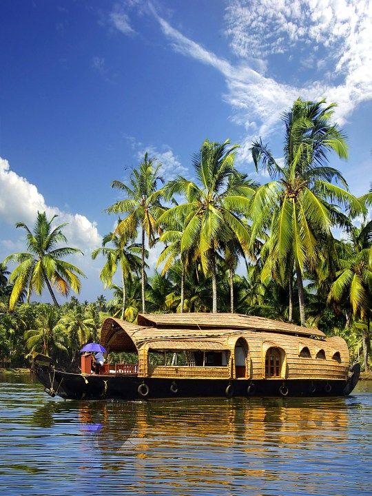 Excursiones India. Casa flotante en remansos. viajes de la India