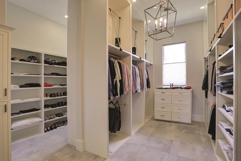 707 Pinehaven Dr Houston, TX 77024: Photo The Substantial Walk In Closet  With