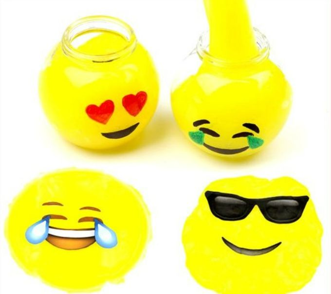 50 Diy Emoji Craft Ideas That Will Put A Smile On Your Face Diy