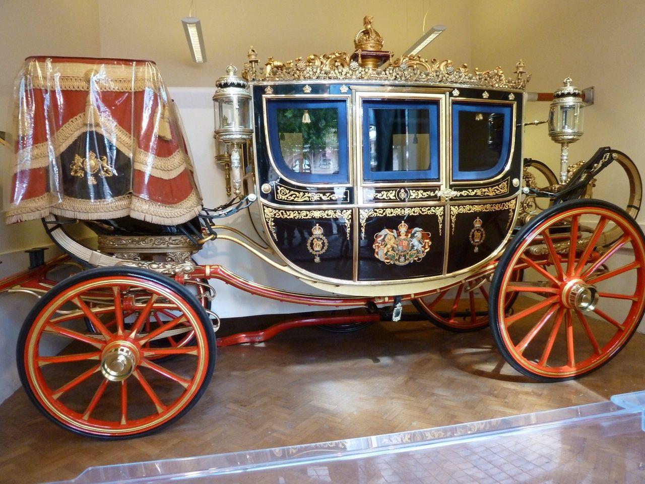 The Irish State Coach | Antique cars, Coach, Irish