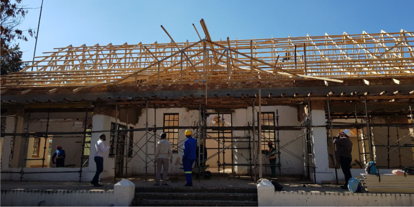 Roof Design Roof Trusses Tiles Sheeting Installations Complete Roofing Services Supplied By Technistrut Roof Truss Manufacturers Pretoria Johannesburg Roofing Roof Design Roof Trusses