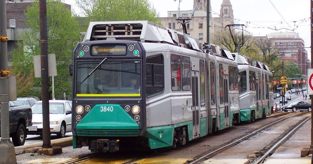Green Line derailments probably help explain delayshttp://boston.curbed.com/2016/10/13/13267882/green-line-derailments-boston-delays
