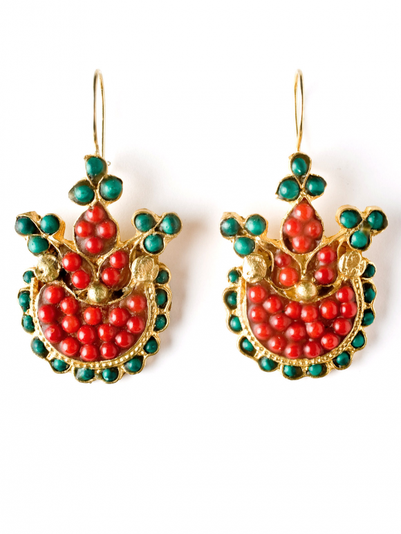Spanish Sisters Basket C And Jade Earrings