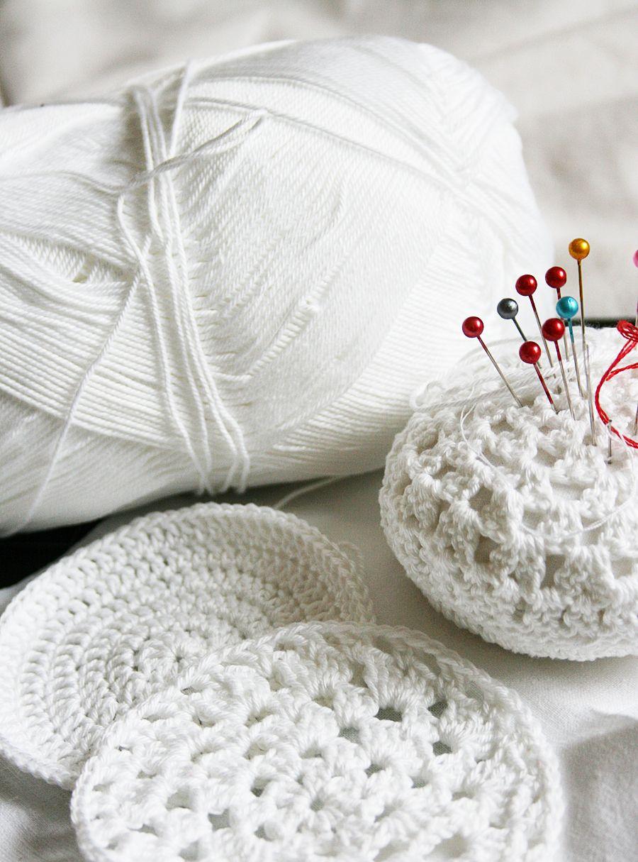 Beginner Friendly Crochet Pincushion Tutorial With Free Pattern