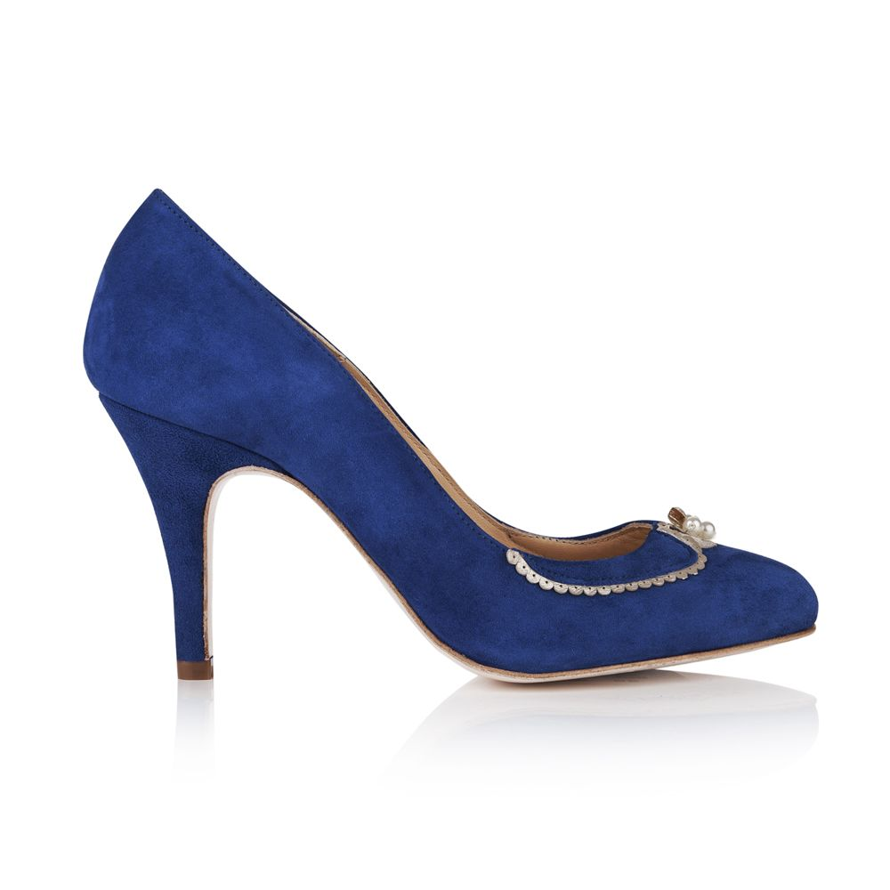 Catherine, royal blue shoes with a classic vintage Peter Pan collar, it is a beautiful adaptation of the classic court shoe. Definitely fit for a princess.