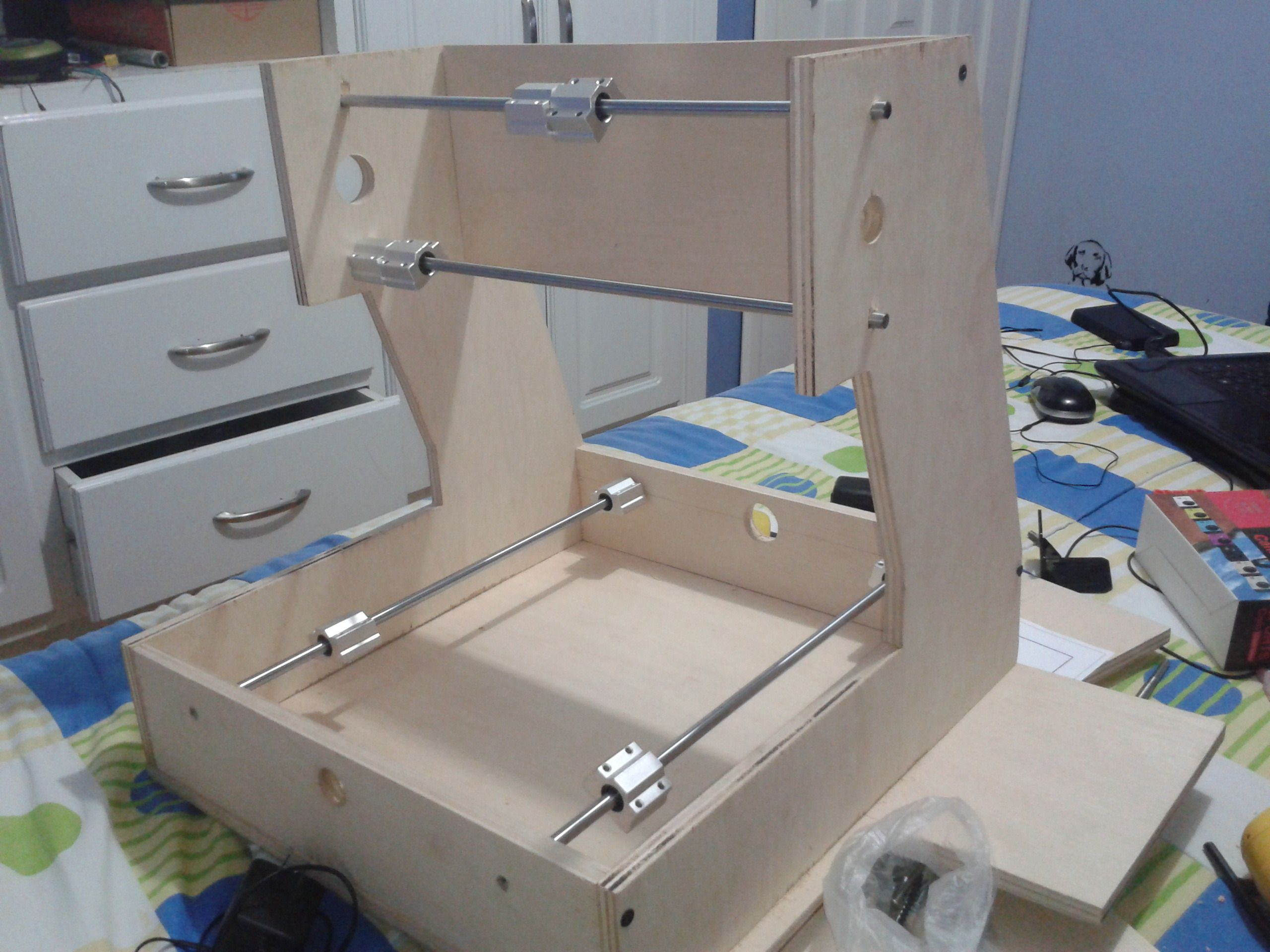 Constru una maquina fresadora cnc y te ense o como for Proyectos de carpinteria pdf