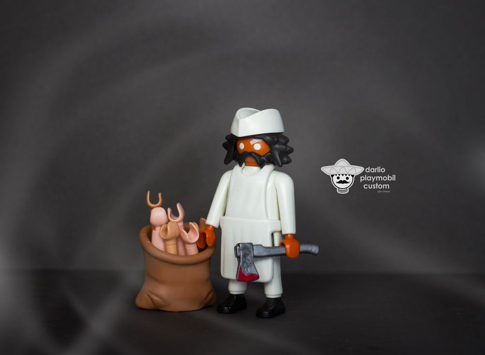 haciendo salchichas. Playmobil custom Butcher