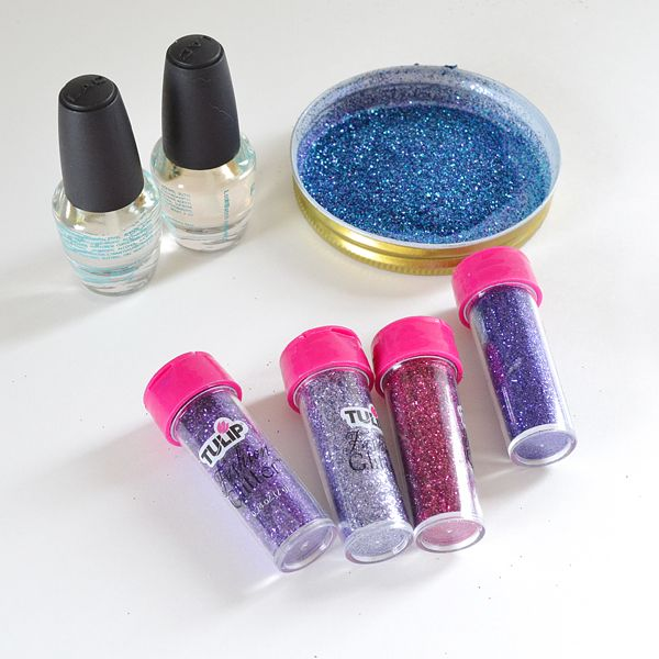 DIY Glitter Nail Polish | Glitter nail polish, Glitter nails and Craft