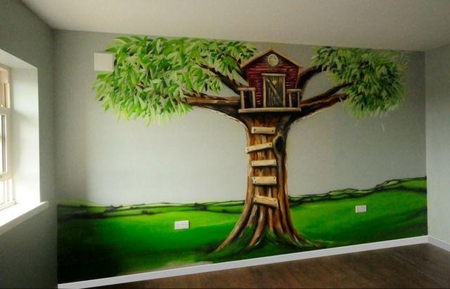 Wandfarbe kinderzimmer ideen mit baum beispiele f r for Aufbewahrungsideen kinderzimmer