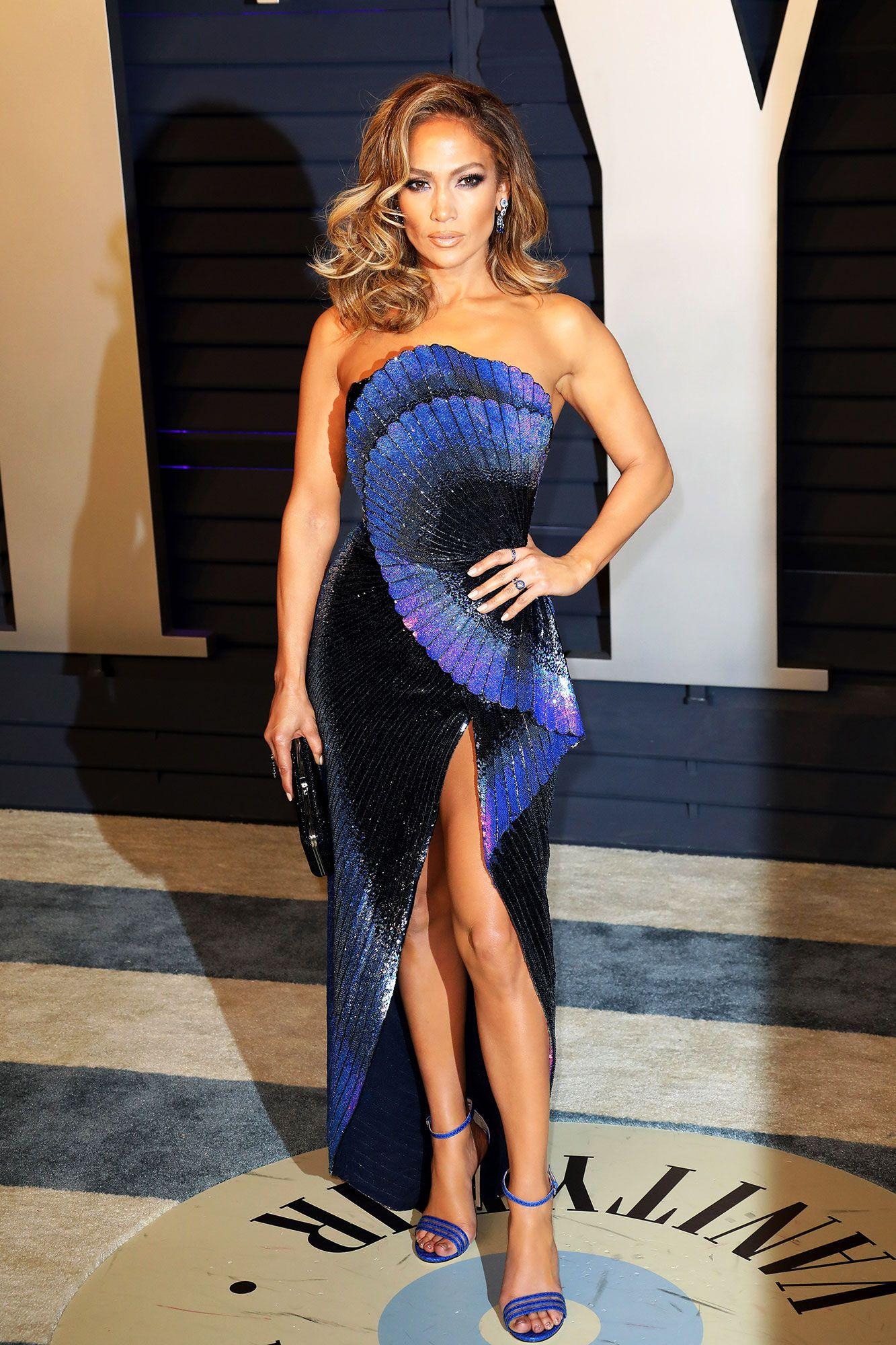 Jennifer Lopez's Makeup Artist Teaches His Glam Makeup