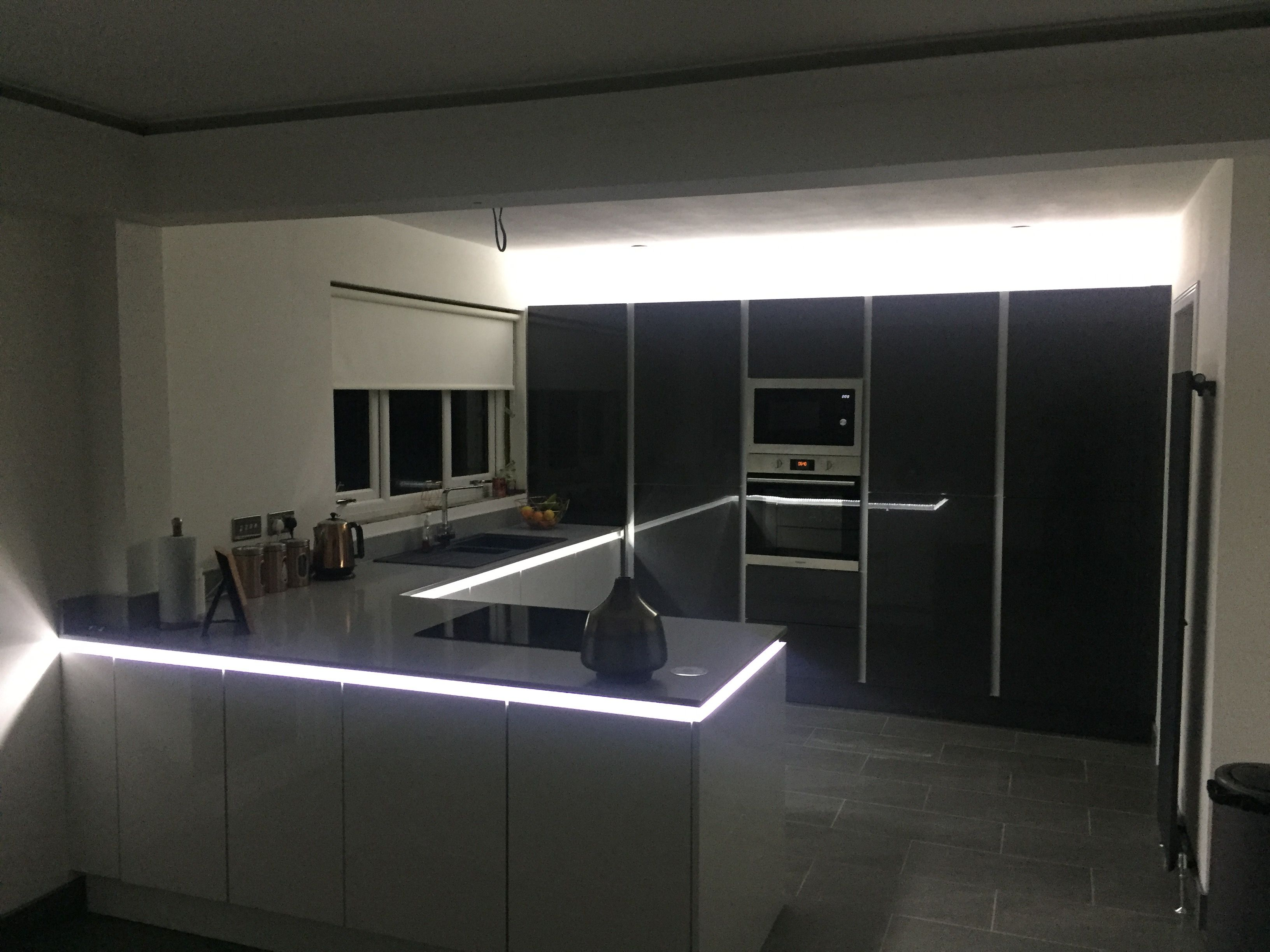 Led Strip Lights Under 20mm Stone Worktop With True Handless