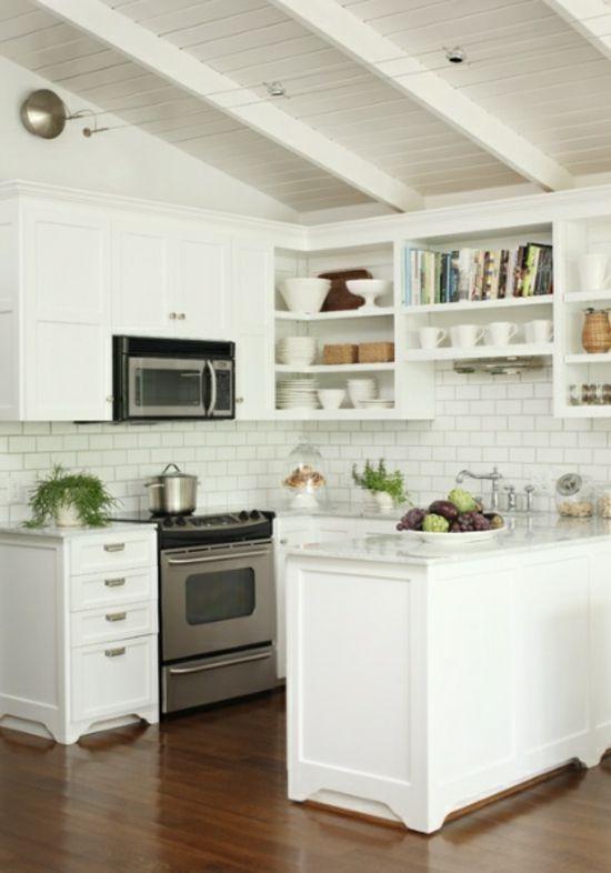 kleine weiße Küchenzeile einrichten Ideen Holzbalen | Landhaus küche ...