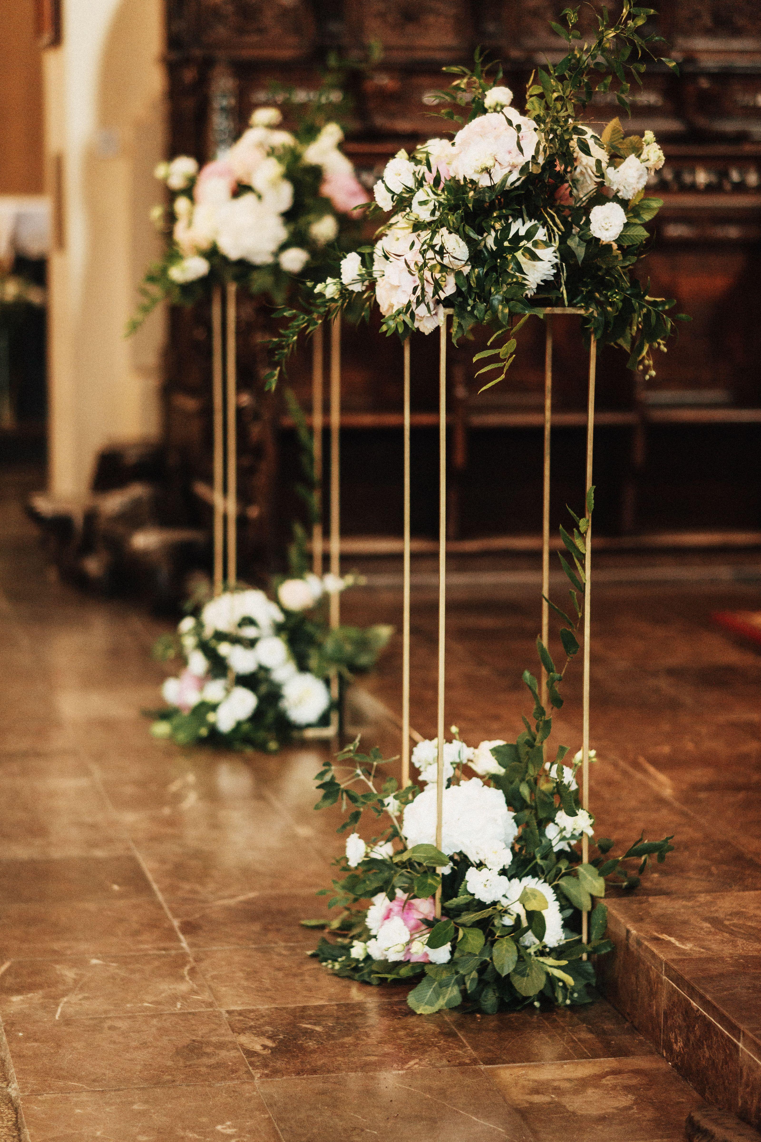 Inna Studio Church Decoration For The Wedding Flowers For The Church Altar Decoratio In 2020 Church Wedding Flowers Altar Altar Flowers Wedding Church Wedding Flowers