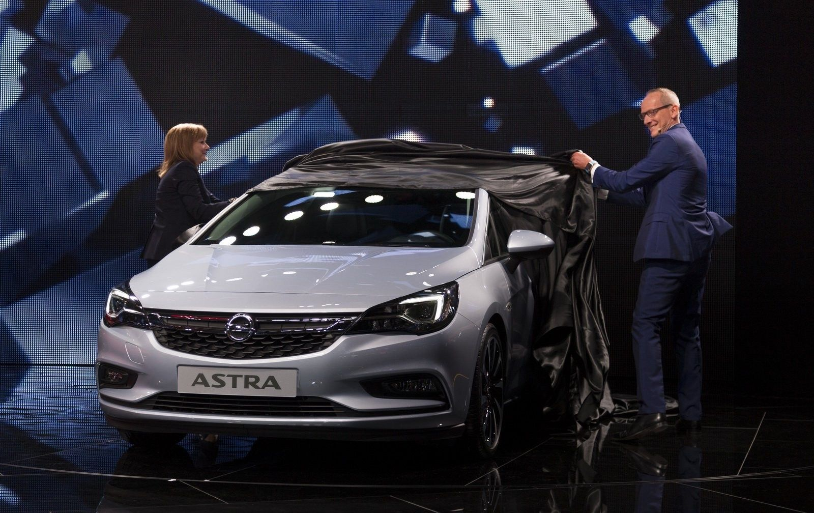 Opel Astra 2020 Price In Egypt First Drive Opel Mitsubishi Coupe Kia Logo