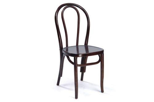 Silla Bois $25.250 + IVA  Silla de madera clásica, patas torneadas, asiento de madera.  Ancho: 40cm Largo: 50cm Altura: 90cm Altura asiento: 46cm Color: Café oscuro Material: Madera  Código Producto: ASC-007