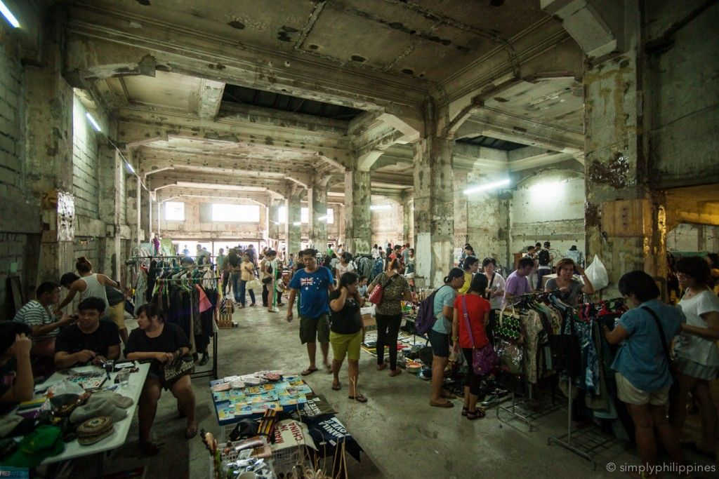 Market at First United Building | © Fred Wissink