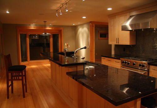 Black Granite with Maple Cabinets Kitchen   Kitchen ... on Black Granite Countertops With Maple Cabinets  id=73745