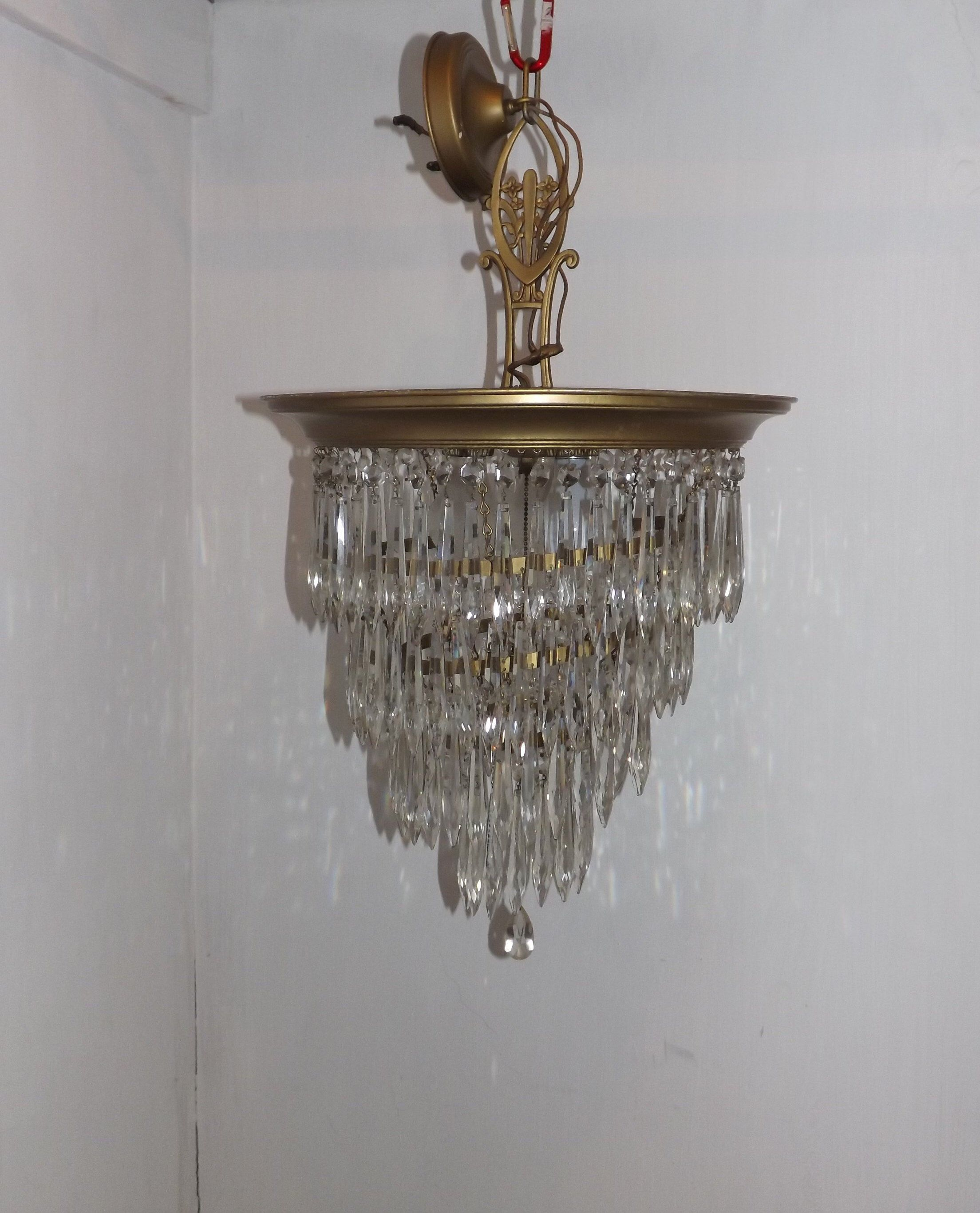 Fabulous 1930s Art Deco 4 Tier Crystal Prism Wedding Cake Chandelier On Sale Now By Riversidegallery Wedding Cake Chandelier Crystal Prisms Cool Wedding Cakes